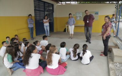 Alunos de Paulínia descobrem por que as florestas são tão importantes  para a água e realizam plantio na escola